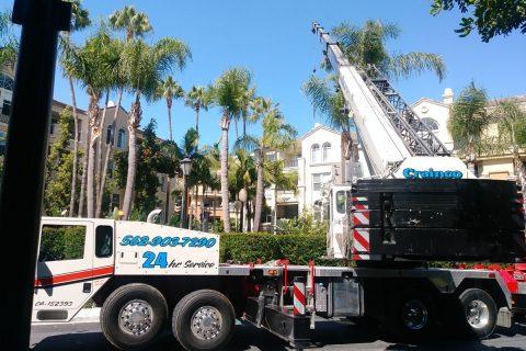 30-ton boom crane - Crainco Inc.