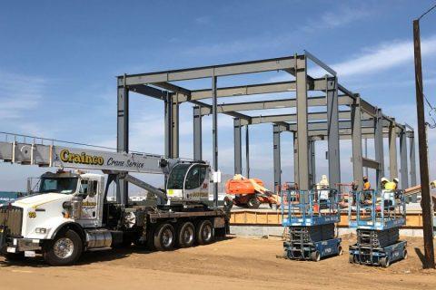 50-ton Capacity Hydraulic Crane -  Crainco Inc.