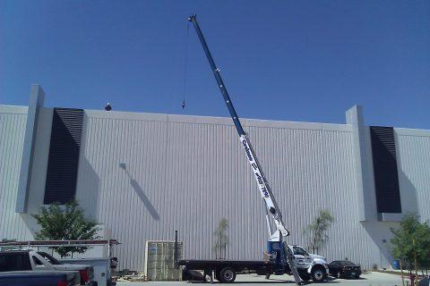 Rooftop & Utility Crane - Crainco Inc.